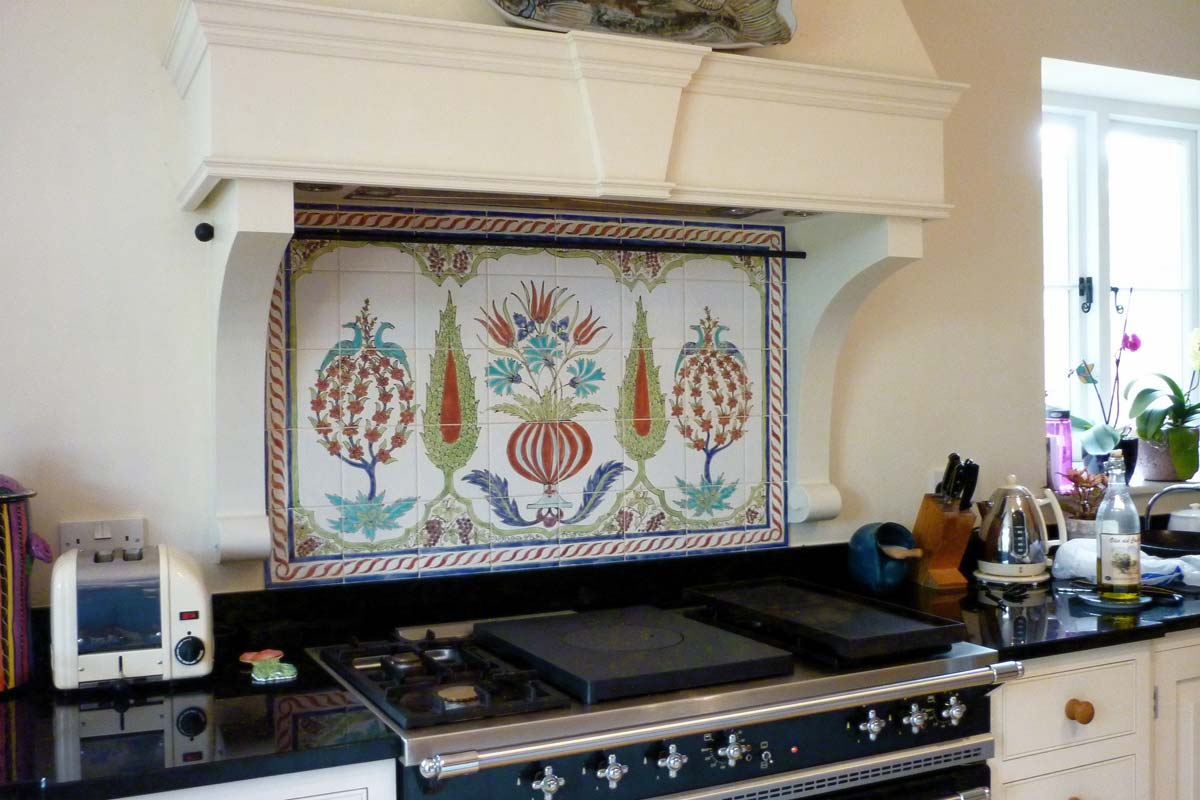 'Syrian tiles' -kitchen tile panel