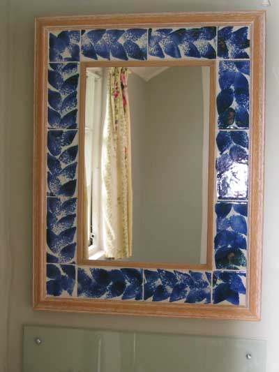 tile-mirror-surround-sponge-print-leaves_